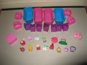 Shopkins - 15 Pack with Baskets, Storage Containers and Bagpacks