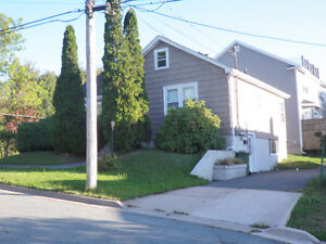 Dartmouth - 2 Bedroom on lower level of a house, Great Location