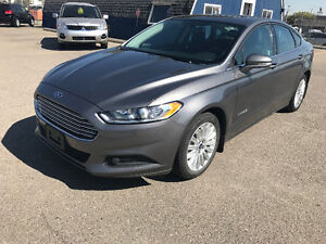 2014 Ford Fusion Hybrid SE **ONLY $14,550**