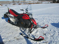 Parting out a 2007 YAMAHA PHAZER 500cc snowmobile