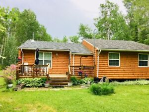 Family Friendly Summer Cabin in Traverse Bay, Manitoba
