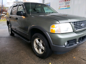 Sell or trade 2003 Ford Explorer