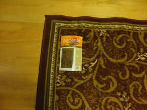 Red carpet area rug decorative accent Like New London Ontario image 3