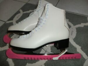 Womens Skates Size 8.5 size 9 And 10