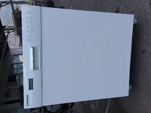 Over 300 APPLIANCES AIR CONDITIONER SALE ON !! No Tax now