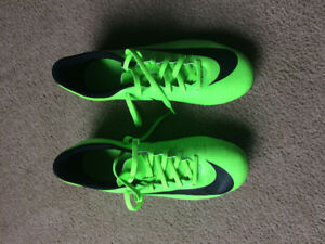 Mercurial Soccer Shoes size US7.5. Worn Twice. Excellent Cond