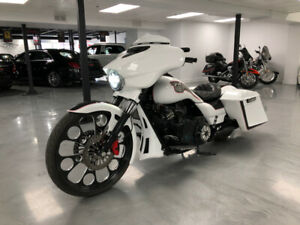 2017 Harley FLH-X SUPERCHARGED AIR SUSPENSION