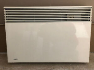 Wall Mounted Convection Heater - ConvectAir Apero #7358-C15