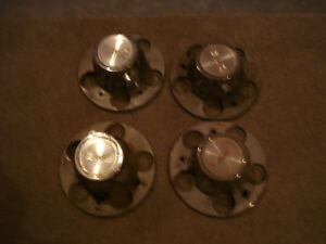 GMC and Chevy Rally rims center caps, 5 bolts