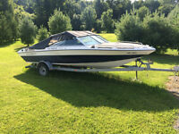 Four Winns bowrider, 19ft, inboard/outboard, with trailer