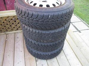 4 pneu hiver,tire, 175 65 14,jante,toyota,$150.00   514 234 9444