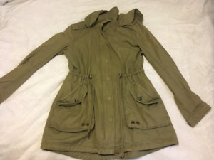Army green women's L jacket, never worn