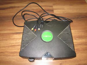 Original xbox with 4 controllers, media remote and games