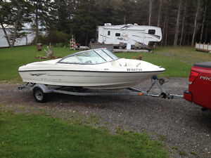 BAYLINER  175,2009 LIKE NEW ,LOW HOURS