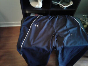 Under armour jogging pants so new cond.15.00 I have more ads ty