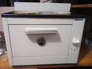 Vintage Counter-top Electric Stove