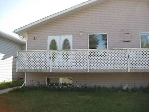 Large 3 bedroom Duplex  located in Strathmore