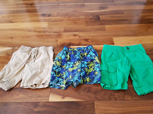 4T boys shorts in excellent shape. $6.00 for all 3