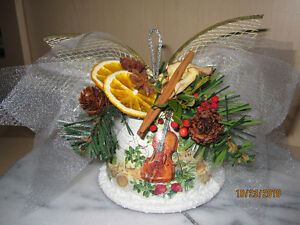 Beautiful Hand Crafted Christmas Decoration or Present London Ontario image 3
