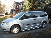 Adapted van - 2009 Dodge Grand Caravan