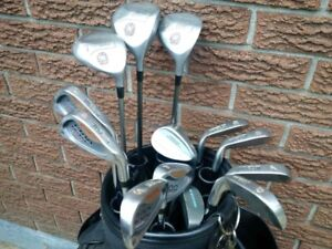 Wilson 1200 Dual Metal Golf Clubs, Cart Golf Bag included