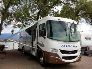 Class A Motorhome off the grid capacity,  excellent condition.