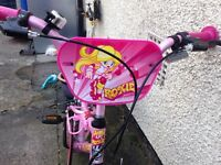 Girls Roxie bike