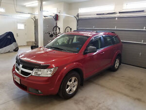 Reduced 2010 Dodge Journey SUV, Crossover
