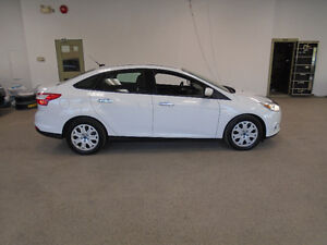 2012 FORD FOCUS SE! ONLY 112,000KMS! AUTO! MINT! ONLY $8,900!!!!