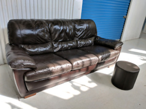 Large  Genuine     Leather Natuzzi SOFTALY Sofa. Can Deliver.