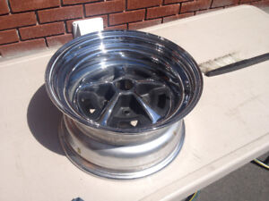 1x Roue 15po Mag Ford Mopar Dodge Chrysler Magnum 500 Wheel 15x8