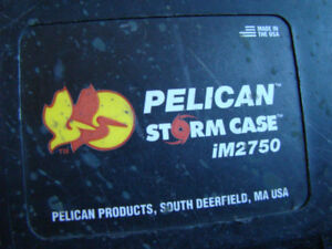 PELICAN LARGE STORM / FLIGHT / STAGE HARD SHELL CASE IM2750
