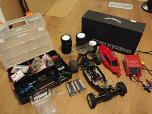 RC Cars/Trucks/Buggys for Sale, trying to clear some space
