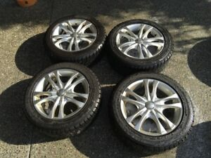 BMW 1 SERIES BLIZZAK SNOW TIRES & ALUMINUM RIMS