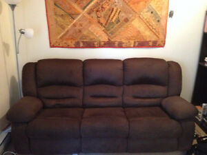 Beautiful Brown Sofa (Incliner) - Gently Used