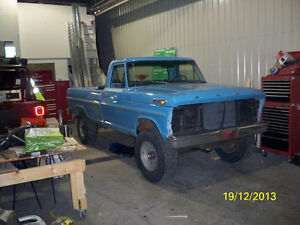 FORD F250 4x4 HIGHBOY FACTORY