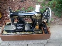 Vintage – Collectable Electric Singer sewing machine