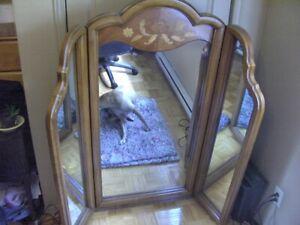 Miroir pour bureau madame.