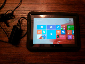 Tablette Microsoft Surface 10.6po, 64gb SSD , Windows 8 +etui