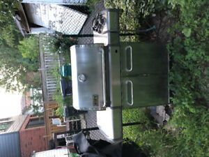 Weber Genesis stainless Steele natural gas BBQ + cover