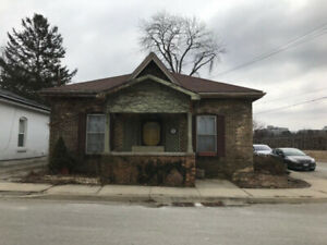 Fully renovated bungalow - 24 Scarfe Ave, Brantford