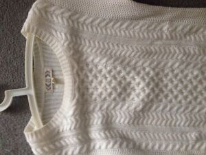 Long off white sweater Kitchener / Waterloo Kitchener Area image 3