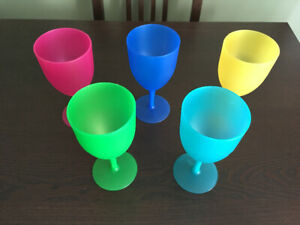Never Used - Plastic Outdoor Wine Glasses