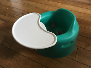 Bumbo seat and tray attachment