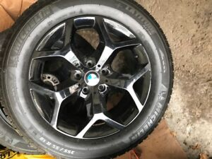 BMW X5/X6 Original rims with  winter Michelin tires.