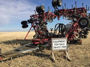 2005 Case Concord Air Drill and 6550 Bourgault Tank