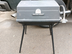 Porta chef table top barbecue withstand removable legs