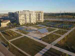Penthouse Condo for Rent! 37 Galleria Pkwy, Markham, ON