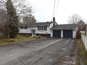 3784 Daley Road - Great 3+1 bedroom home on 100x300 lot