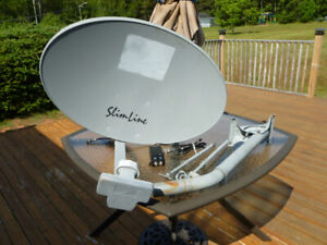 Direct tv slimline SWM3 DTV used  satellite dish in excellent co